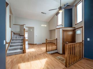 Photo 5: 40 Scenic Cove Circle NW in Calgary: Scenic Acres Detached for sale : MLS®# A1126345