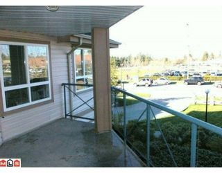 """Photo 10: 232 22150 48TH Avenue in Langley: Murrayville Condo for sale in """"EAGLECREST"""" : MLS®# F1003427"""