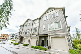 """Photo 2: 9 19913 70 Avenue in Langley: Willoughby Heights Townhouse for sale in """"The Brooks"""" : MLS®# R2177150"""