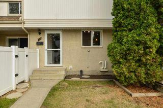Photo 2: 50 WOODVALE Village in Edmonton: Zone 29 Townhouse for sale : MLS®# E4261364