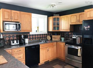 Photo 3: 950 Highway 341 in Upper Dyke: 404-Kings County Residential for sale (Annapolis Valley)  : MLS®# 202120938