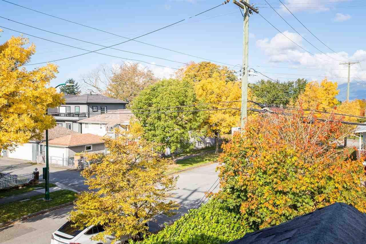 Photo 29: Photos: 2103 E 33RD Avenue in Vancouver: Victoria VE House for sale (Vancouver East)  : MLS®# R2511808