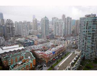 "Photo 10: 2906 193 AQUARIUS MEWS BB in Vancouver: False Creek North Condo for sale in ""MARINASIDE RESORT RESIDENCES"" (Vancouver West)  : MLS®# V746327"
