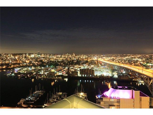 Photo 2: Photos: 638 Beach Cres in Vancouver: False Creek Condo for rent (Downtown Vancouver)