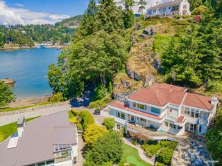 Photo 3: 5360 SEASIDE Place in West Vancouver: Caulfeild House for sale : MLS®# R2618052