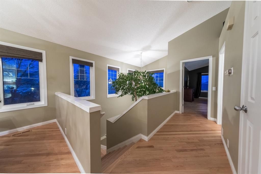 Photo 33: Photos: 42 Tuscany Hills Park NW in Calgary: Tuscany Detached for sale : MLS®# A1092297