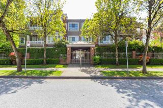 "Photo 1: 302 1010 W 42ND Avenue in Vancouver: South Granville Condo for sale in ""Oak Gardens"" (Vancouver West)  : MLS®# R2419293"