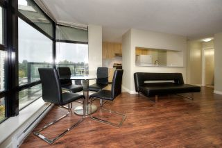 "Photo 8: 907 5380 OBEN Street in Vancouver: Collingwood VE Condo for sale in ""URBA BY BOSA"" (Vancouver East)  : MLS®# R2213034"