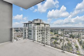 "Photo 4: 3205 13308 CENTRAL Avenue in Surrey: Whalley Condo for sale in ""Evolve"" (North Surrey)  : MLS®# R2535288"