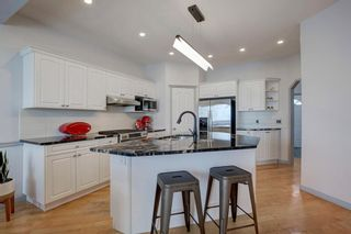 Photo 6: 18 Sienna Park Place SW in Calgary: Signal Hill Residential for sale : MLS®# A1066770