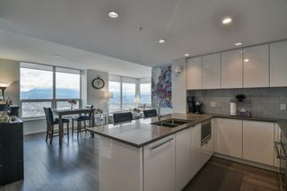 """Photo 9: 3901 5883 BARKER Avenue in Burnaby: Metrotown Condo for sale in """"ALDYANNE ON THE PARK"""" (Burnaby South)  : MLS®# R2348636"""