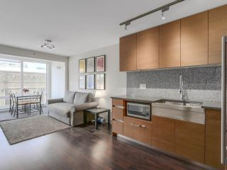 Photo 1: 705 565 SMITHE STREET in Vancouver: Downtown VW Condo for sale (Vancouver West)  : MLS®# R2116160