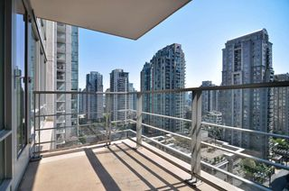 "Photo 12: 1601 565 SMITHE Street in Vancouver: Downtown VW Condo for sale in ""VITA"" (Vancouver West)  : MLS®# R2013406"