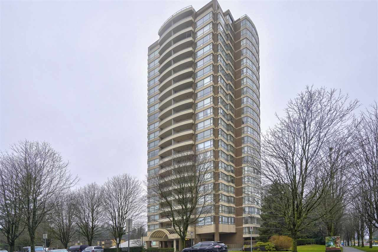 """Main Photo: 905 5885 OLIVE Avenue in Burnaby: Metrotown Condo for sale in """"METROPOLITAN"""" (Burnaby South)  : MLS®# R2428236"""