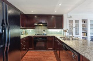 Photo 7: 507 1383 MARINASIDE Crescent in Vancouver: Yaletown Condo for sale (Vancouver West)  : MLS®# R2365345