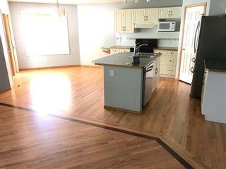 Photo 7: 20 DOUGLAS GLEN Heights SE in Calgary: Douglasdale/Glen House for sale : MLS®# C4109421