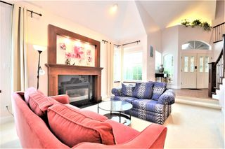Photo 3: 983 CRYSTAL Court in Coquitlam: Ranch Park House for sale : MLS®# R2618180