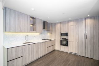 """Photo 5: 1603 89 NELSON Street in Vancouver: Yaletown Condo for sale in """"THE ARC"""" (Vancouver West)  : MLS®# R2411058"""