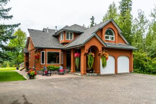 """Photo 1: 1477 NORTH NECHAKO Road in Prince George: Edgewood Terrace House for sale in """"Edgewood Terrace"""" (PG City North (Zone 73))  : MLS®# R2608294"""