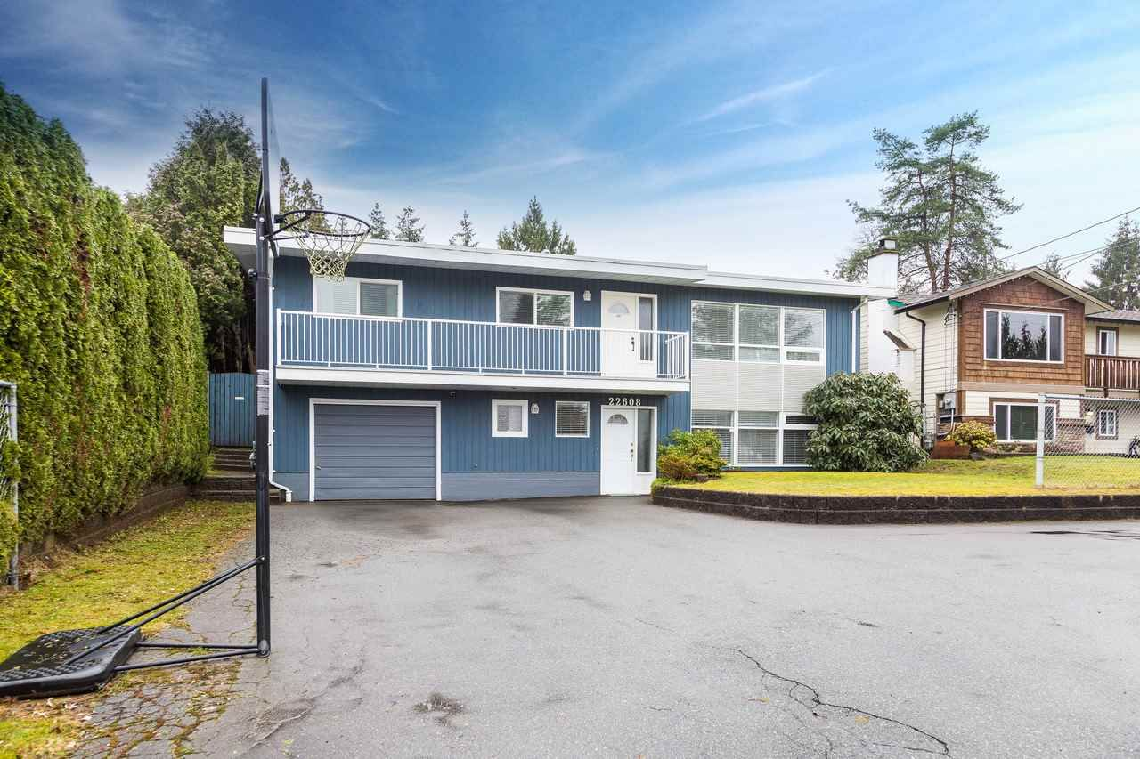 Main Photo: 22608 124 Avenue in Maple Ridge: East Central House for sale : MLS®# R2145783