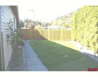 """Photo 7: 38 46511 CHILLIWACK LAKE Road in Sardis: Chilliwack River Valley Manufactured Home for sale in """"BAKER TRAIL ESTATES"""" : MLS®# H2704117"""