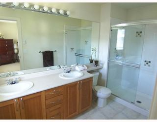 """Photo 8: 2 8415 CUMBERLAND Place in Burnaby: The Crest Townhouse for sale in """"ASHCOMBE"""" (Burnaby East)  : MLS®# V788857"""