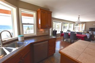 Photo 7: 2179 WHITE Road in Williams Lake: Lakeside Rural House for sale (Williams Lake (Zone 27))  : MLS®# R2563584