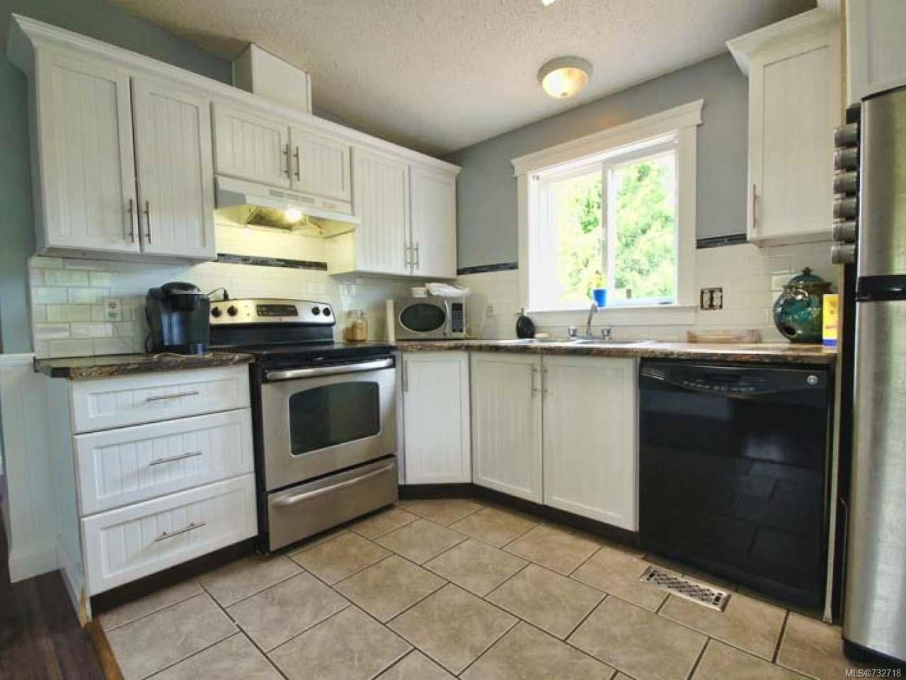 Photo 2: Photos: 921 POPLAR Way in ERRINGTON: PQ Errington/Coombs/Hilliers Manufactured Home for sale (Parksville/Qualicum)  : MLS®# 732718