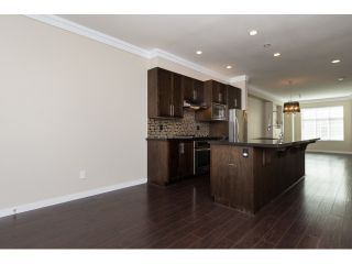 Photo 11: 66 3009 156 STREET in Surrey: Grandview Surrey Townhouse for sale (South Surrey White Rock)  : MLS®# R2056660