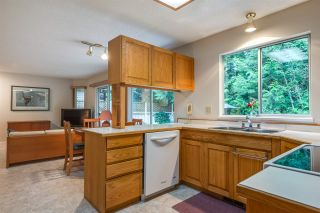 """Photo 6: 4722 UNDERWOOD Avenue in North Vancouver: Lynn Valley House for sale in """"Timber Ridge"""" : MLS®# R2401489"""