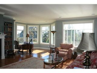 Photo 6: 2142 Blue Grouse Plat in VICTORIA: La Bear Mountain House for sale (Langford)  : MLS®# 741030