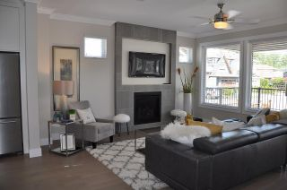 Photo 3: 3418 HASTINGS Street in Port Coquitlam: Lincoln Park PQ House for sale : MLS®# R2159709