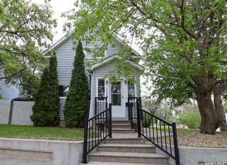 Photo 1: 1119 3rd Avenue Northeast in Moose Jaw: Hillcrest MJ Residential for sale : MLS®# SK855862