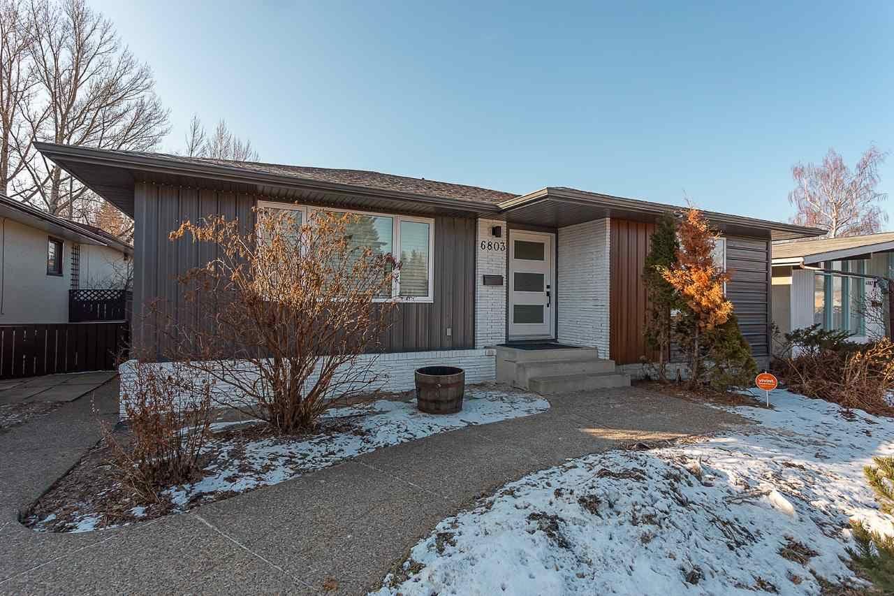 Main Photo: 6803 88 Avenue in Edmonton: Zone 18 House for sale : MLS®# E4234746