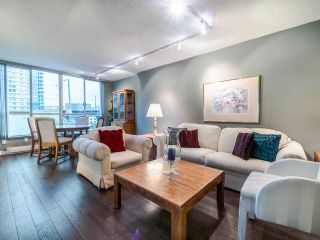 "Photo 1: 1009 1500 HOWE Street in Vancouver: Yaletown Condo for sale in ""The Discovery"" (Vancouver West)  : MLS®# R2561951"
