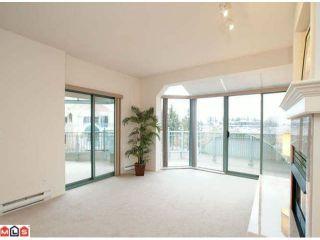 Photo 4: 402 1725 MARTIN Drive in Surrey: Sunnyside Park Surrey Home for sale ()  : MLS®# F1208153