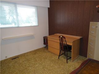 """Photo 18: 858 CLEMENTS Avenue in North Vancouver: Canyon Heights NV House for sale in """"ANYON HEIGHTS"""" : MLS®# V1134933"""