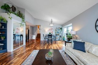 Photo 9: 88 Strathlorne Crescent SW in Calgary: Strathcona Park Detached for sale : MLS®# A1097538
