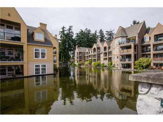 """Photo 13: 215 1363 56TH Street in Tsawwassen: Cliff Drive Condo for sale in """"Windsor Woods"""" : MLS®# V1114935"""