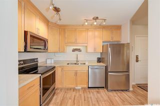 Photo 3: 605 902 Spadina Crescent East in Saskatoon: Central Business District Residential for sale : MLS®# SK846798