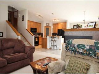 Photo 6: 779 STONEHAVEN Drive: Carstairs Residential Detached Single Family for sale : MLS®# C3617481