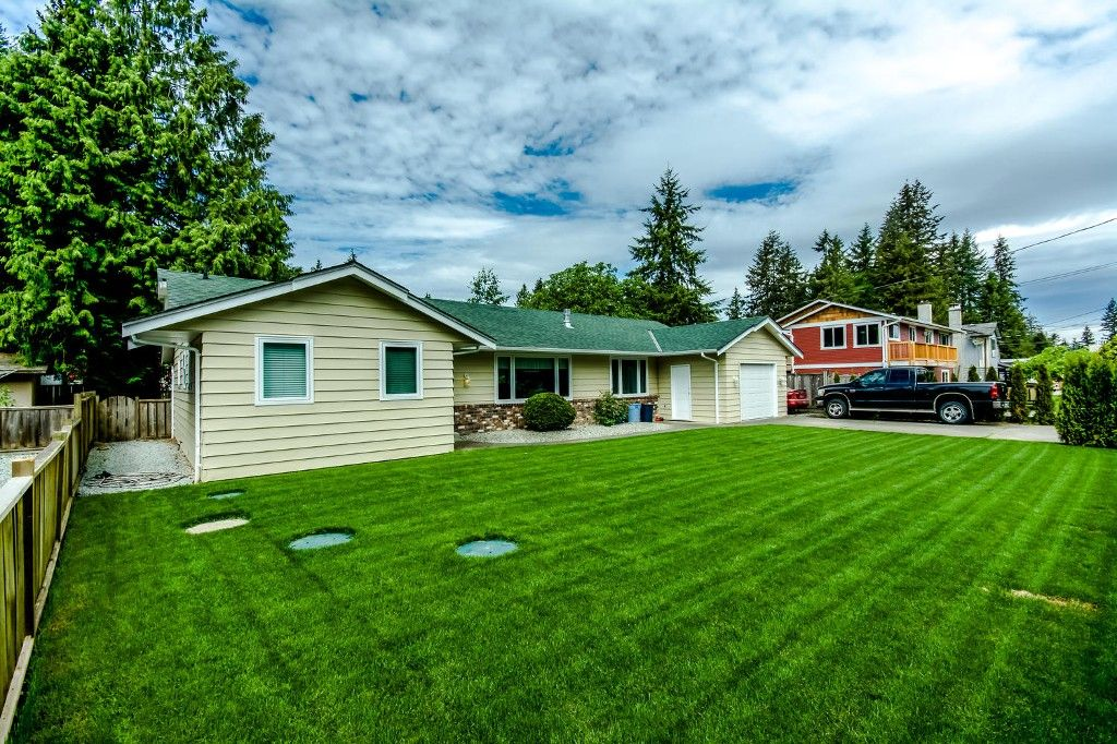 Photo 3: Photos: 4369 200a Street in Langley: Brookswood House for sale : MLS®# R2068522