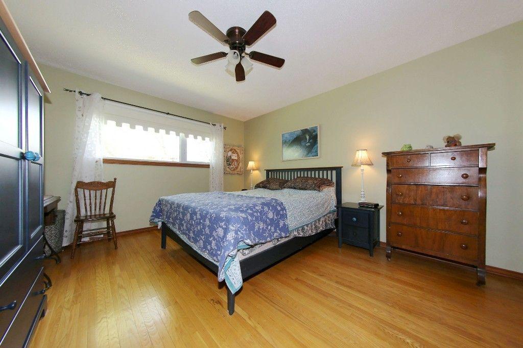 Photo 19: Photos: 105 Athlone Drive in Winnipeg: Grace Hospital Single Family Detached for sale (West Winnipeg)  : MLS®# 1516101