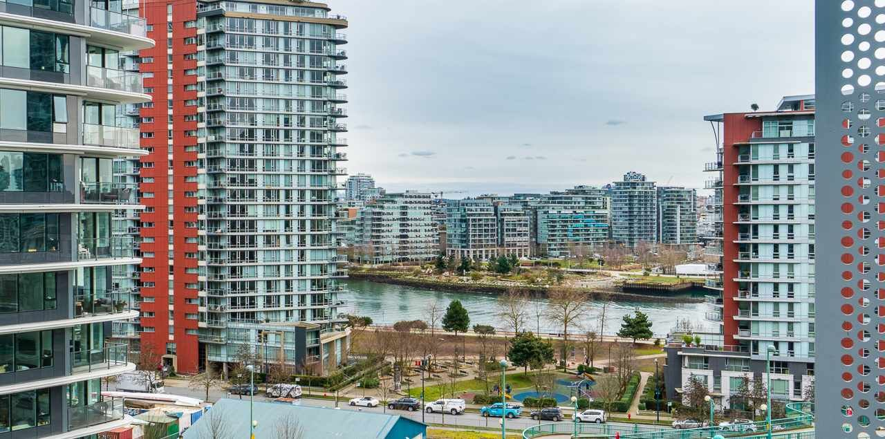 Main Photo: 1081 87 NELSON Street in Vancouver: Yaletown Condo for sale (Vancouver West)  : MLS®# R2541660