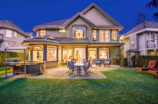 """Photo 3: 1750 HAMPTON Drive in Coquitlam: Westwood Plateau House for sale in """"HAMPTON ON THE GREEN"""" : MLS®# R2565879"""