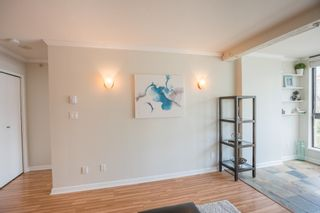 Photo 3: 906 488 HELMCKEN STREET in Vancouver: Yaletown Condo for sale (Vancouver West)  : MLS®# R2086319