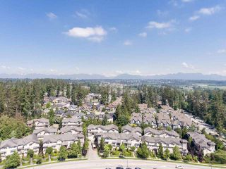 """Photo 11: 48 5839 PANORAMA Drive in Surrey: Sullivan Station Townhouse for sale in """"FOREST GATE"""" : MLS®# R2373372"""