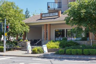 Photo 17: 205 7143 West Saanich Rd in : CS Brentwood Bay Condo for sale (Central Saanich)  : MLS®# 883635