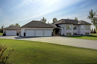 Photo 3: 47 East Ridge Boulevard in Rural Rocky View County: Rural Rocky View MD Detached for sale : MLS®# A1142575