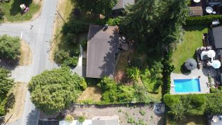 "Photo 6: 13706 56B Avenue in Surrey: Panorama Ridge House for sale in ""Panorama Ridge"" : MLS®# R2482277"